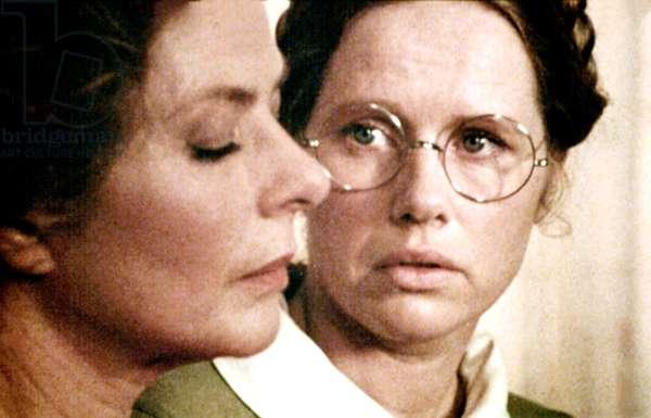 AUTUMN SONATA, Ingrid Bergman, Liv Ullmann, 1978