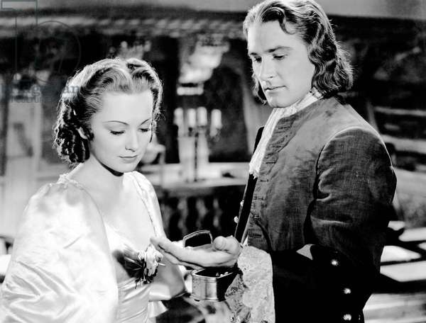 Captaine Blood: CAPTAIN BLOOD, from left, Olivia de Havilland, Errol Flynn, 1935