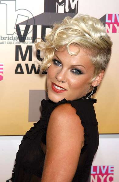 Pink at arrivals for MTV Video Music Awards VMA's 2006 - ARRIVALS, Radio City Music Hall at Rockefeller Center, New York, NY, August 31, 2006. Photo by: Kristin Callahan/Everett Collection