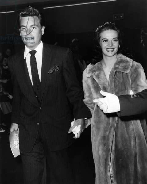 Natalie Wood with Robert Wagner, 1958