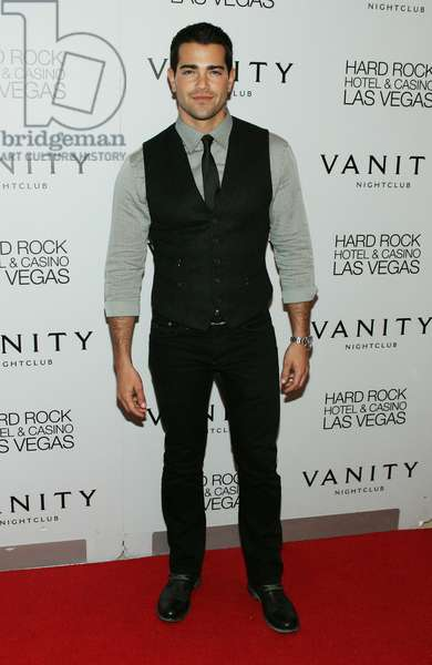 Jesse Metcalfe at arrivals for Jesse Metcalfe 33rd Birthday Party at Vanity, Vanity Nightclub, Hard Rock Hotel and Casino, Las Vegas, NV December 10, 2011. Photo By: James Atoa/Everett Collection