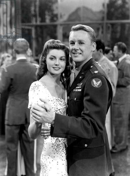 THRILL OF A ROMANCE, Esther Williams, Van Johnson, 1945