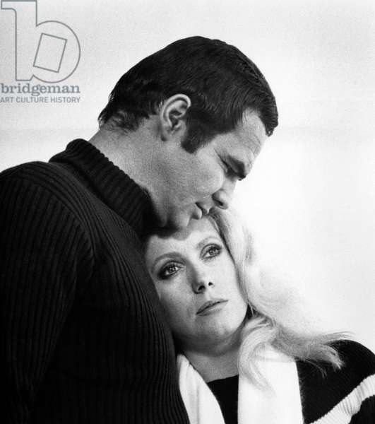 La Cite des dangers: HUSTLE, Burt Reynolds, Catherine Deneuve, 1975