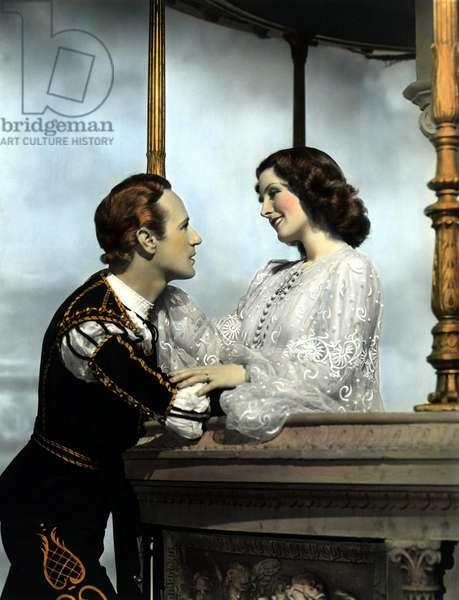 ROMEO AND JULIET, Leslie Howard, Norma Shearer, 1936, balcony scene