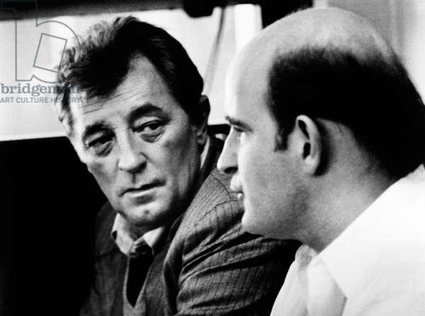 THE FRIENDS OF EDDIE COYLE, form left: Robert Mitchum, Peter Boyle, 1973