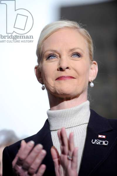 Cindy Mc Cain: Cindy McCain on location for Senator John McCain Presidential Campaign Stop in New York, Rockefeller Plaza, New York, NY, February 05, 2008. Photo by: Kristin Callahan/Everett Collection