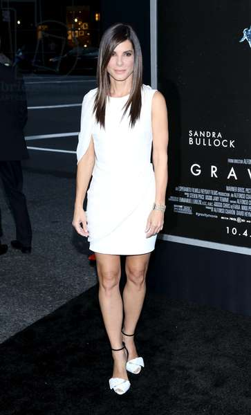 Sandra Bullock at arrivals for GRAVITY Premiere, AMC Lincoln Square Theater, New York, NY October 1, 2013. Photo By: Andres Otero/Everett Collection
