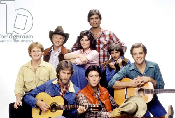SEVEN BRIDES FOR SEVEN BROTHERS, (back, l to r): Bryan Utman, Terri Treas, Richard Dean Anderson, River Phoenix, (front): Tim Topper, Peter Horton, Drake Hogestyn, Roger Wilson, 1982-83, photo: Robert Phillips / Everett Collection