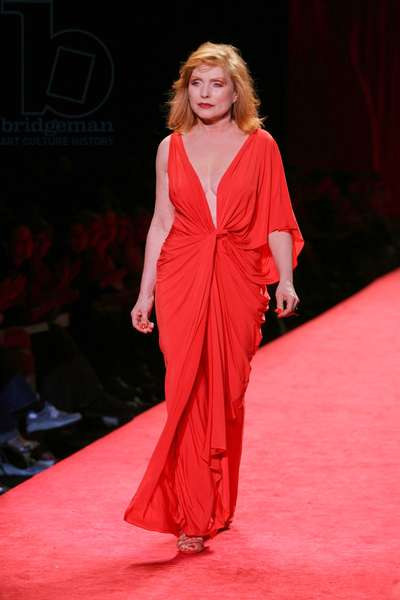 Deborah Harry at fashion show for The Heart Truth Red Dress Fall 2006 Collection - Olympus Fashion Week, Bryant Park, New York, NY, Friday, February 03, 2006. Photo by: Gregorio Binuya/Everett Collection