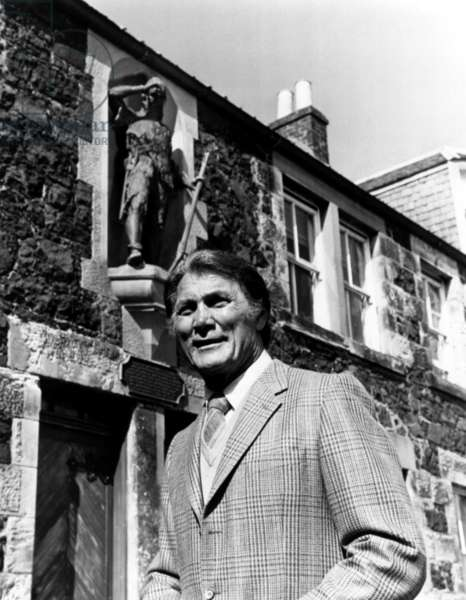 RIPLEY'S BELIEVE IT OR NOT, Jack Palance, 1982-86, (c)ABC/courtesy Everett Collection