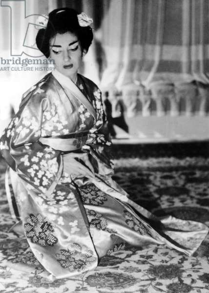 "Maria Callas in ""Madame Butterfly"" at the Lyric Theatre in Chicago, 1955"