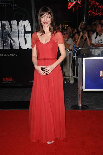 Mary Elizabeth Winstead (wearing a Christian Dior dress) at arrivals for THE THING Premiere, AMC Universal CityWalk Cinemas, Los Angeles, CA October 10, 2011. Photo By: Michael Germana/Everett Collection