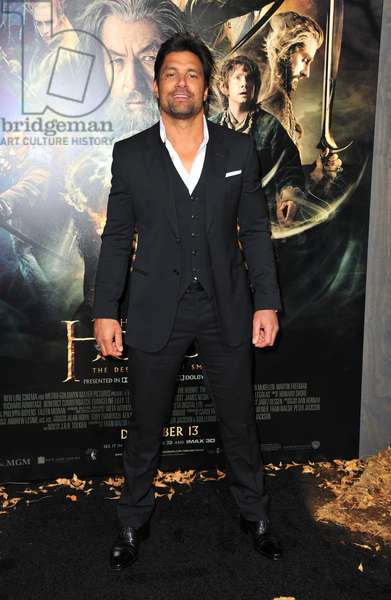 Manu Bennett at arrivals for THE HOBBIT: THE DESOLATION OF SMAUG Premiere, Dolby Theater, Los Angeles, CA December 2, 2013. Photo By: Dee Cercone/Everett Collection