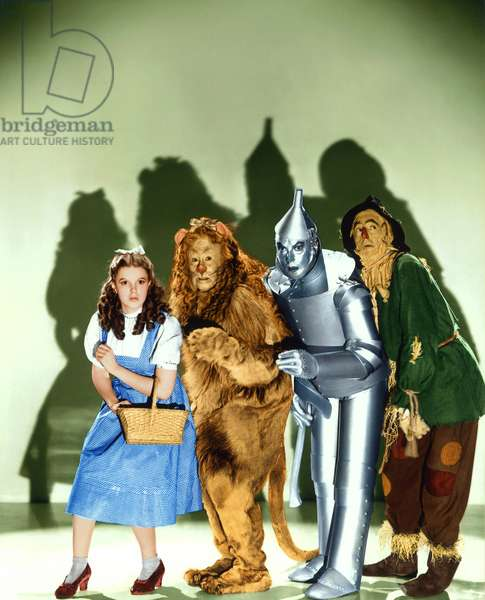 Le magicien d'Oz: THE WIZARD OF OZ, (from left): Judy Garland, Bert Lahr, Jack Haley, Ray Bolger, 1939