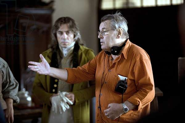 GOYA'S GHOSTS, Javier Bardem, director Milos Forman, on set, 2006. ©Warner Bros./courtesy Everett Collection