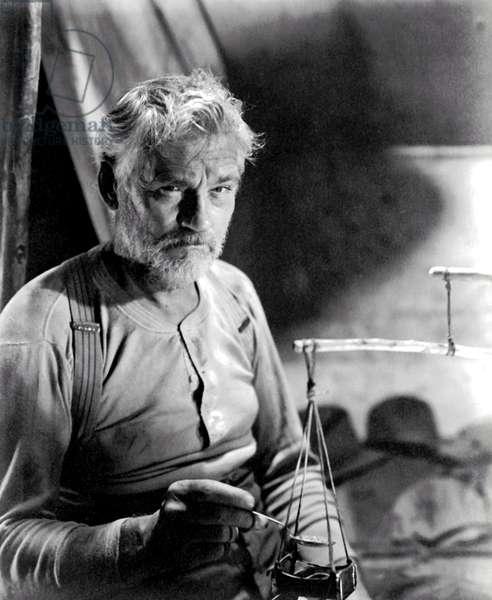 THE TREASURE OF THE SIERRA MADRE, Walter Huston, 1948