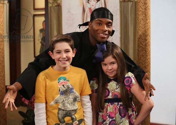 THE THUNDERMANS, l-r: Diego Velazquez, Kel Mitchell, Addison Riecke in 'Have an Ice Birthday' (Season 1, Episode 15, aired March 22, 2014). ph: Evans Vestal Ward/©Niceklodeon/courtesy Everett Collection