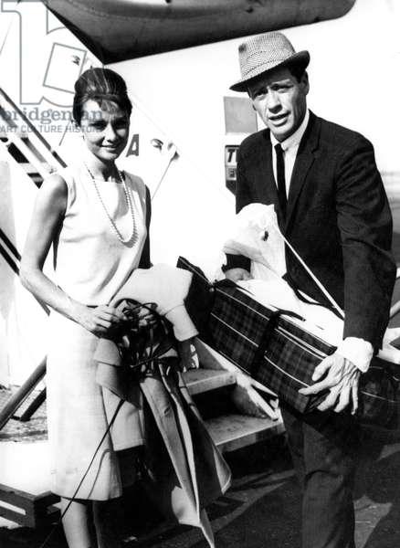 Audrey Hepburn and Mel Ferrer with newborn Sean, Idlewild Airport, NY, 09-15-1960.