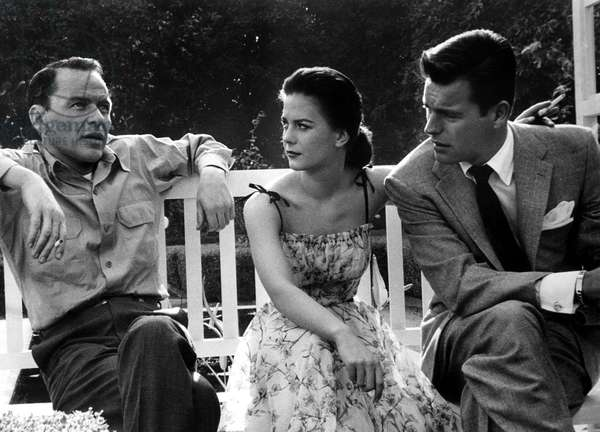 Frank Sinatra, Natalie Wood, Robert Wagner on the set of KINGS GO FORTH, 1958