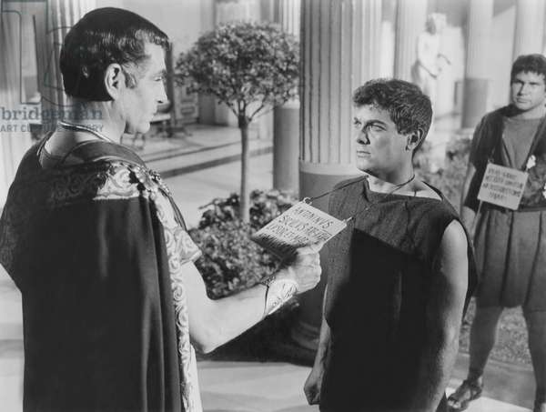 SPARTACUS, from left: Laurence Olivier, Tony Curtis, 1960