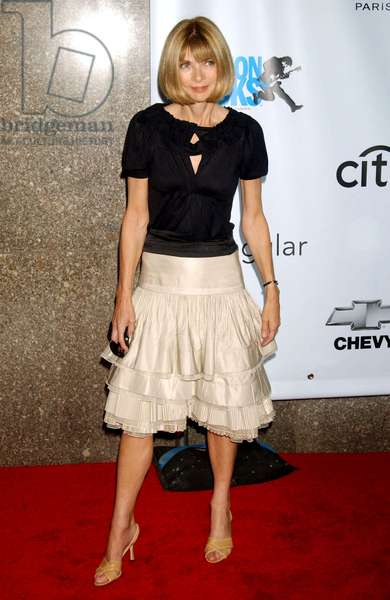 Anna Wintour at arrivals for Fashion Rocks Benefit Concert for Elton John AIDS Foundation, Radio City Music Hall at Rockefeller Center, New York, NY, September 07, 2006. Photo by: Kristin Callahan/Everett Collection