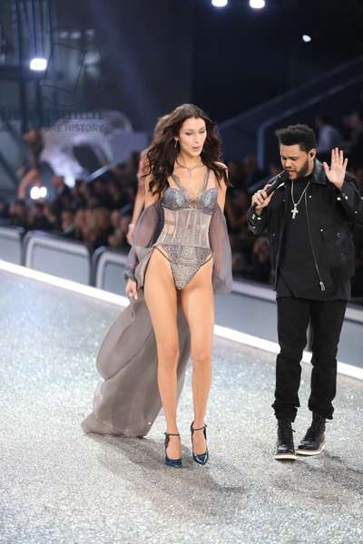 Bella Hadid, Weeknd on the runway for 21st Annual Victoria's Secret Fashion Show 2016 - Runway 2, Grand Palais, Paris, France, Paris, -- November 30, 2016. Photo By: Andres Otero/Everett Collection