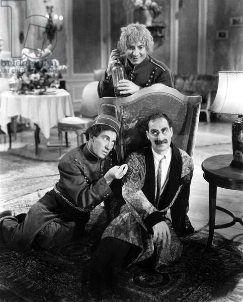 DAY AT THE RACES: A DAY AT THE RACES, Chico Marx, Harpo Marx, Groucho Marx, 1937