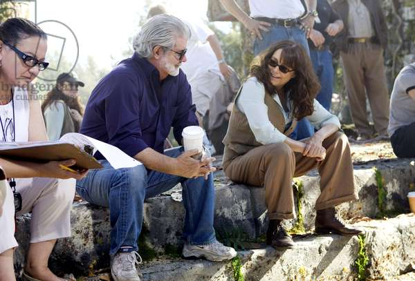 INDIANA JONES AND THE KINGDOM OF THE CRYSTAL SKULL, (aka INDIANA JONES 4), executive producer George Lucas (center), Karen Allen (far right), on set, 2008. ©Paramount/courtesy Everett Collection