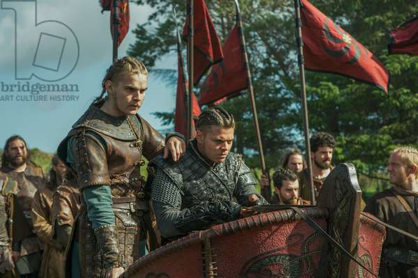 VIKINGS, l-r: Marco Ilso, Alex Hogh Andersen in 'The Joke' (Season 5, Episode 8, aired January 10, 2018). ph: Jonathan Hession/© History Channel/courtesy Everett Collection