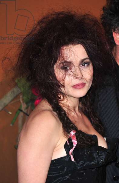 Helena Bonham Carter at arrivals for The Museum of Modern Art Film Benefit: A Tribute to TIM BURTON, MoMA Museum of Modern Art, New York, NY November 17, 2009. Photo By: Gregorio T. Binuya/Everett Collection