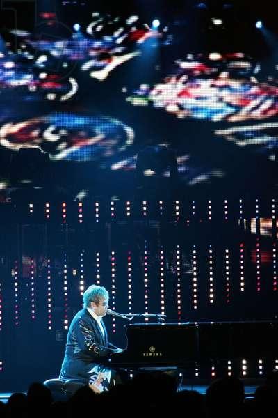Elton John in attendance for Andre Agassi Foundation for Education's 15th Grand Slam for Children Benefit Concert, Wynn Las Vegas, Las Vegas, NV October 9, 2010. Photo By: James Atoa/Everett Collection