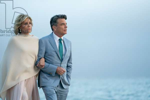 GRACE AND FRANKIE, (from left): Jane Fonda, Peter Gallagher, (Season 5, Episode 512, aired January 18, 2019), ph: Ali Goldstein / ©Netflix / courtesy Everett Collection
