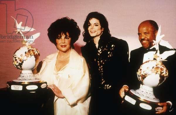 JACKSON FAMILY HONORS, Elizabeth Taylor, Michael Jackson, Berry Gordy, 1994