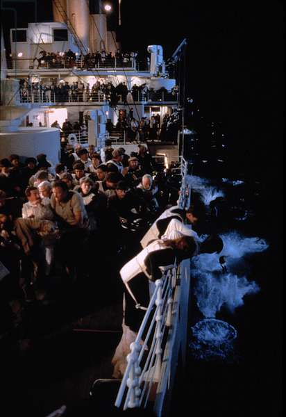 TITANIC, 1997, TM & Copyright (c) 20th Century Fox Film Corp. All rights reserved, Courtesy: Everett Collection