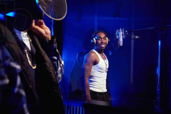 All Eyez on Me de Benny Boom: ALL EYEZ ON ME, Demetrius Shipp Jr. as Tupac Shakur, 2017. ph: Quantrell Colbert / © Lionsgate /Courtesy Everett Collection