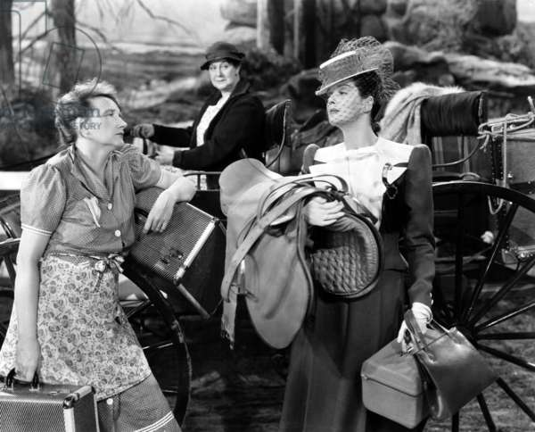 Femmes: THE WOMEN, face to face from left: Marjorie Main, Rosalind Russell, 1939