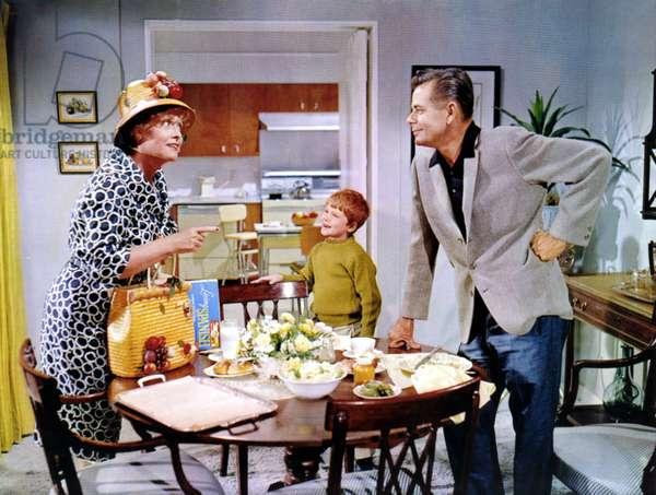 THE COURTSHIP OF EDDIE'S FATHER, Roberta Sherwood, Ronnie Howard, Glenn Ford, 1963
