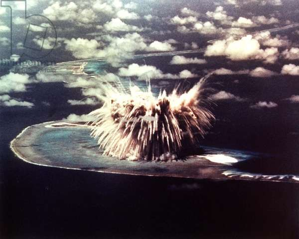Operation Redwing: The SEMINOLE Shot, was the first US airdrop of a hydrogen bomb. It was a second generation thermonuclear devices that yielded 13.7 kilotons. Enewetak Atoll, June 6, 1956.