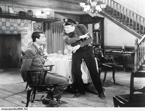 ARSENIC AND OLD LACE, Cary Grant, Jack Carson, 1944