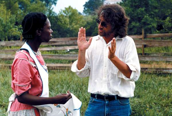 THE COLOR PURPLE, Whoopi Goldberg, director Steven Spielberg on set, 1985, (c) Warner Brothers/courtesy Everett Collection