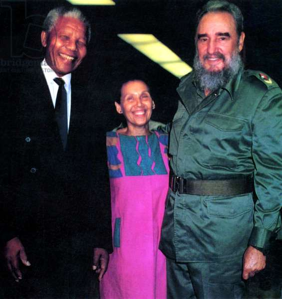 FIDEL, Nelson Mandela, Estela Bravo, Fidel Castro, 2001, (c) First Run Features/courtesy Everett Collection