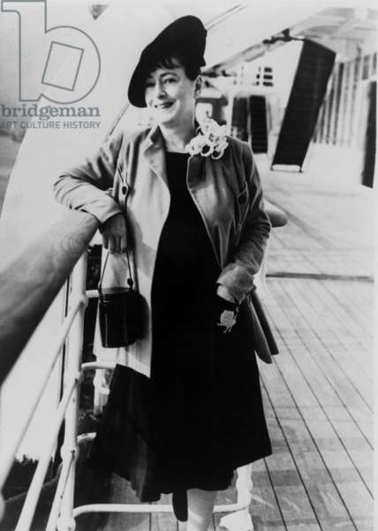 Dorothy Parker: Dorothy Parker (1893-1967), American writer, poetess and member of the Algonquin Round Table, on board an ocean liner in 1939.