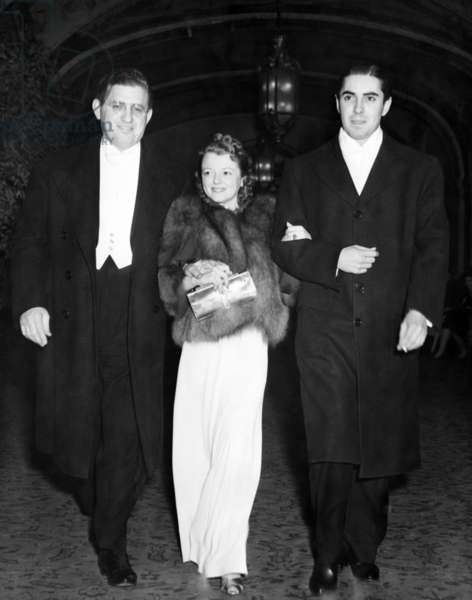 David O. Selznick, Janet Gaynor, Tyrone Power at the Film Academy Award Banquet, 1938
