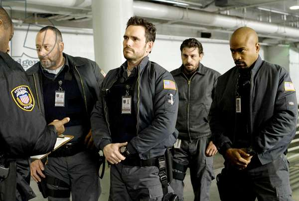 Blindes: ARMORED, back, from left: Jean Reno, Matt Dillon, Skeet Ulrich, Columbus Short, 2009. ph: Lacey Terrell/©Screen Gems/Courtesy Everett Collection