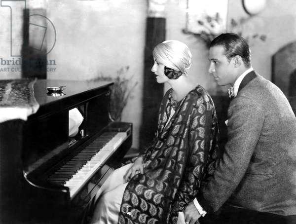 Natasha Rambova, Rudolph Valentino at home, 1925