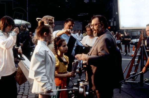 NEW YORK STORIES, Heather McComb (center), Francis Ford Coppola (r.), 1989, (c)Buena Vista Pictures/courtesy Everett Collection