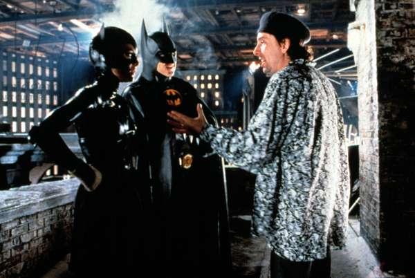 BATMAN RETURNS, Michelle Pfeiffer, Michael Keaton with director Tim Burton on the set, 1992