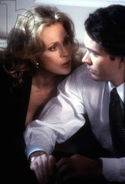 THE TEMP, Faye Dunaway, Timothy Hutton, 1993, (c)Paramount Pictures/courtesy Everett Collection