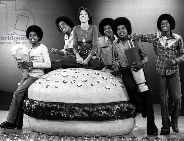 THE JACKSONS, Randy Jackson, Marlon Jackson, Mackenzie Phillips, Jackie Jackson, Tito Jackson, Michael Jackson, 1976-77
