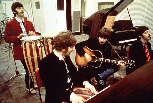 The Beatles at the Emy Abbey Road Studios, 1967 (photo)